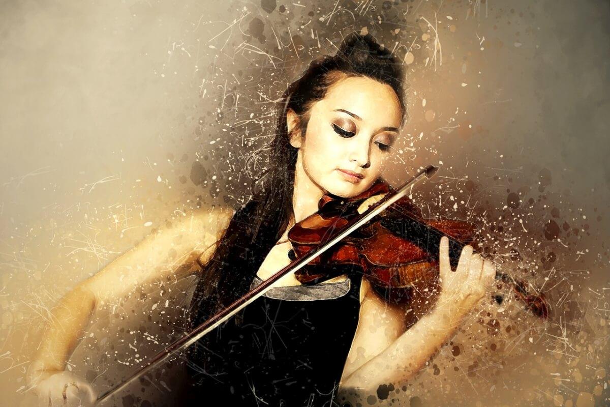 solo violinist 1625307 1280 - Estudantes de música se saem melhor em matemática do que colegas não-musicais