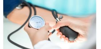 exam blood pressure hypertension 324x160 - Início