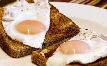 fried eggs 456351 1280 356x220 - Início
