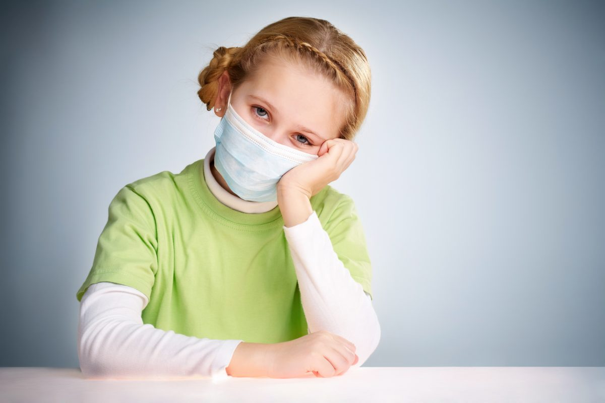 O6T8KZ0 scaled - Usar uma máscara pode protegê-lo contra o coronavírus?
