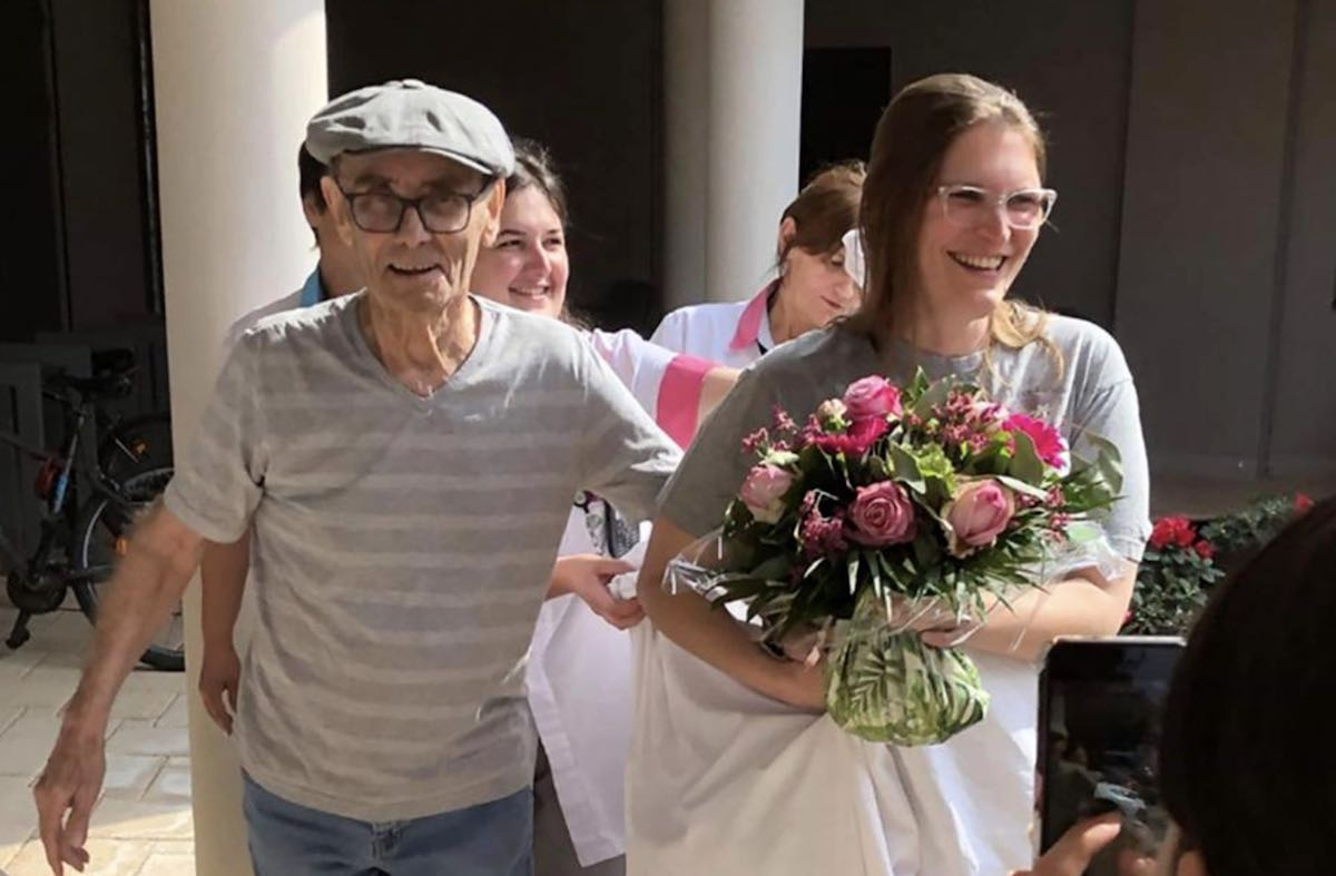 Martin 1 - Como um lar de idosos na França impediu o coronavírus de infectar idosos com uma festa do pijama de 47 noites