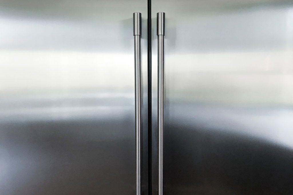 1800ss getty rf refrigerator 1024x683 - Limpeza com água sanitária: erros prejudiciais que você pode estar cometendo