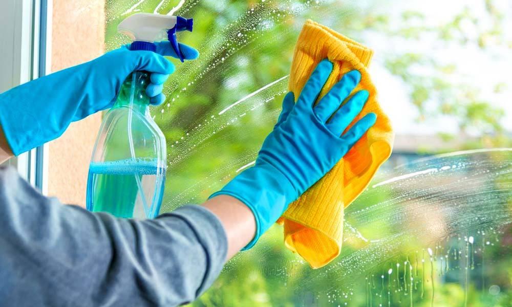 fenster - Limpeza com água sanitária: erros prejudiciais que você pode estar cometendo